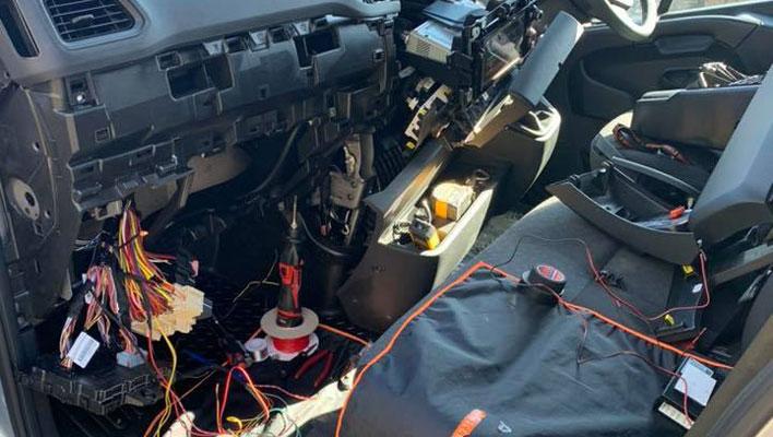 Mobile Auto Electrician Installation